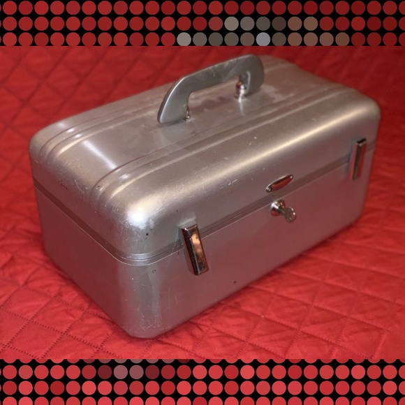 Zero Halliburton Handbags - SOLD! Halliburton Travel Camera Suitcase w/ Key